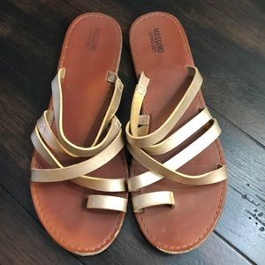 Mossimo Chris Cross Sandal!
